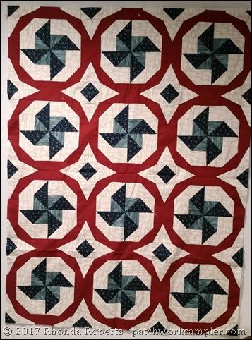 Propeller quilt top